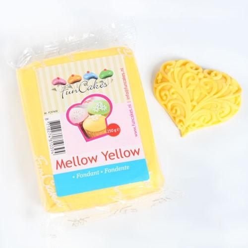 FunCakes Rollfondant - Mellow Yellow 250g