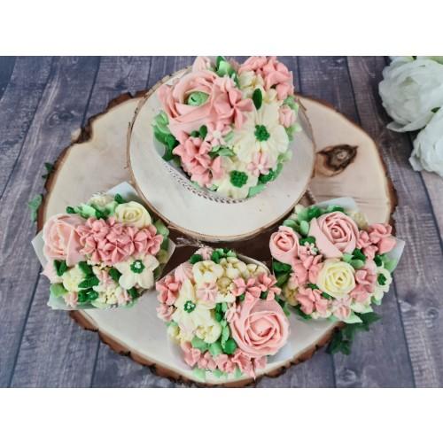 08.11.20 Cupcakes Buttercremeblumen Kurs
